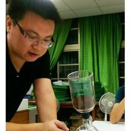 王興洋 講師